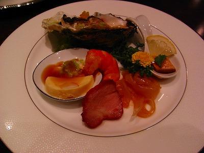 結婚式記念日、山の上ホテル(東京、御茶ノ水・新北京・中華、天麩羅、ワイン)